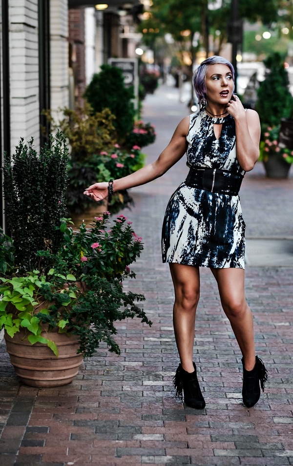 Atlanta Fashion Photographer Blogger-5409 Fall Asher Collection Black Shift Dress by Atlanta fashion blogger Chelissima