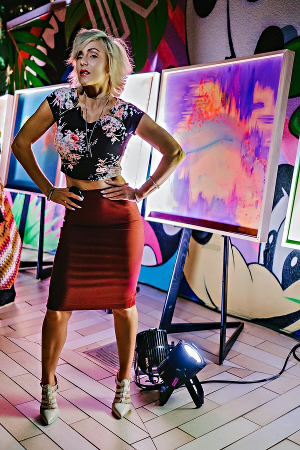 AESTIVATION // Artists Carmen Ashley Rice & Wolfdog at the W Hotel Buckhead by Atlanta blogger Chelissima 8481