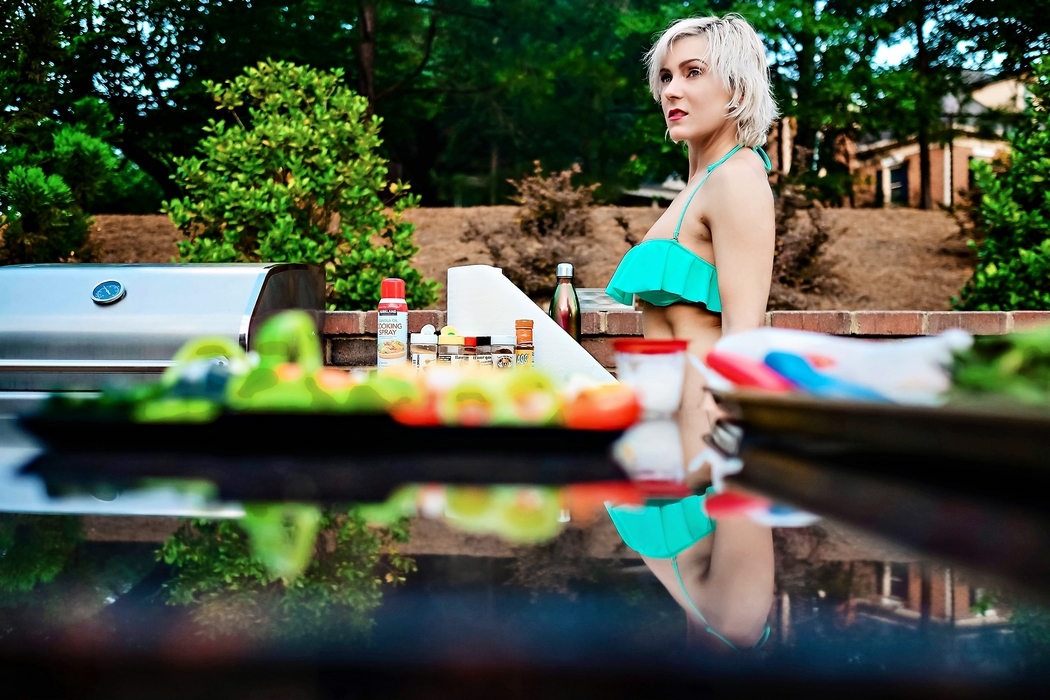 I am the Grillmaster // Memorial Day Party Poolside by Atlanta blogger Chelissima 0224