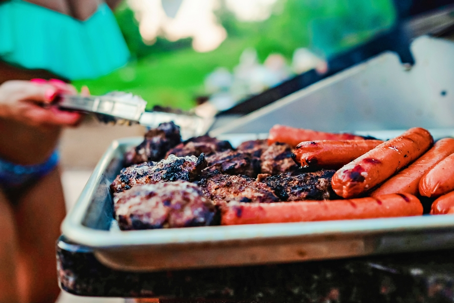 I am the Grillmaster // Memorial Day Party Poolside by Atlanta blogger Chelissima 0266