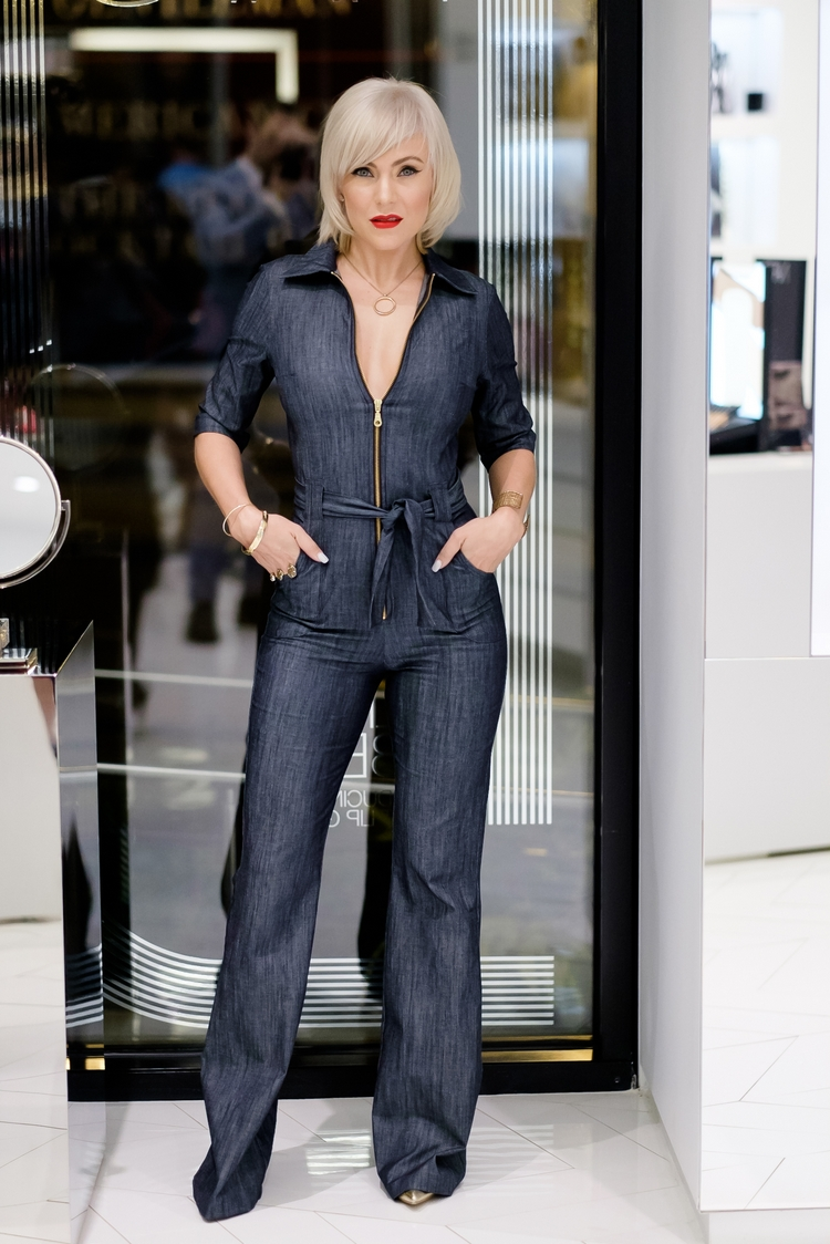 Shabby Apple 70's Mod Denim Jumpsuit // Nars Buckhead by Atlanta fashion blogger Chelissima (41)